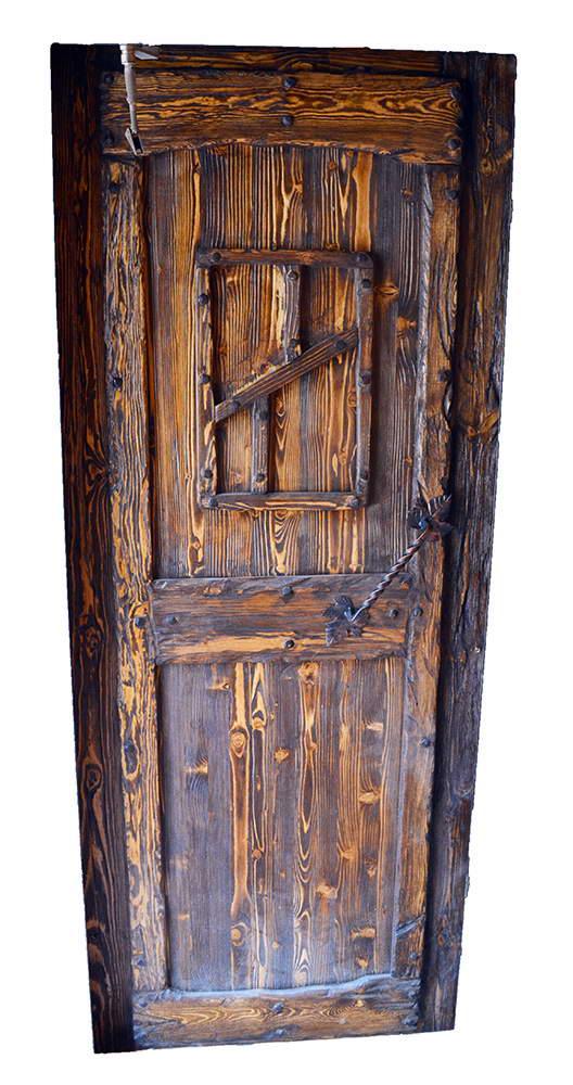 Как состарить дверь своими руками